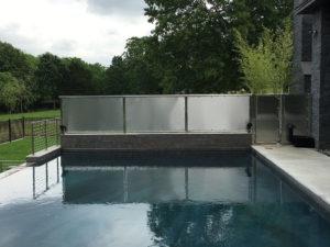 STAINLESS PRIVACY POOL