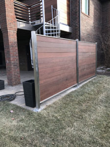 STAINLESS AND WOOD PRIVACY PANEL