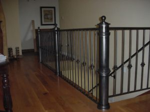 RAILING WITH NEWEL POSTS