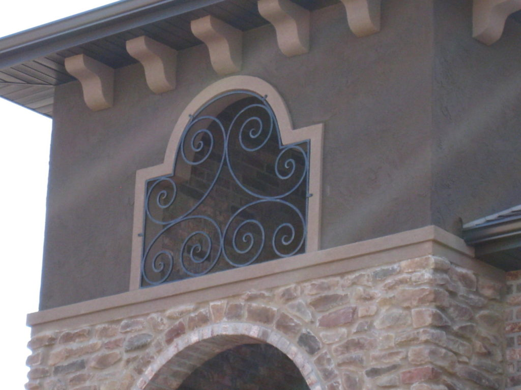 LARGE SCROLL GRILL