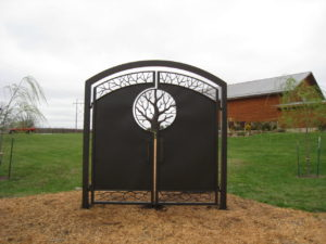 TREE DOUBLE WALK GATE WEDDING