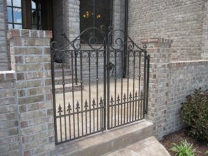 DOUBLE WALK GATE FINIALS