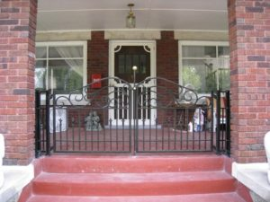 DOUBLE PORCH WALK GATE