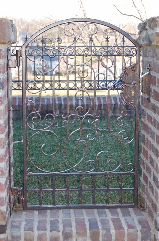 DETAIL- WALK GATE