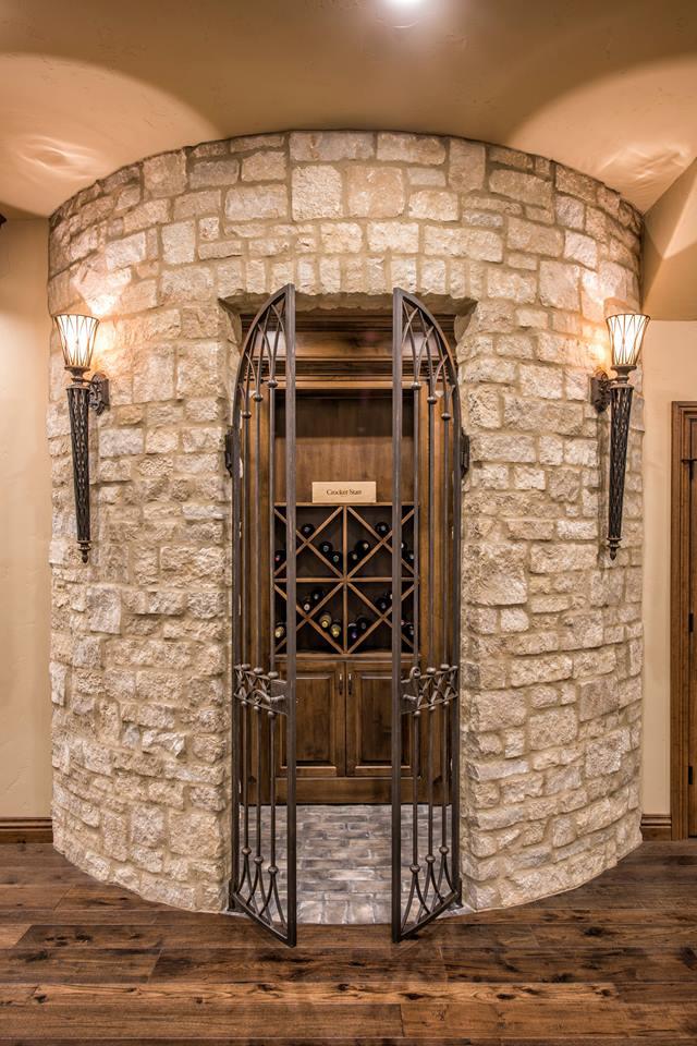 WINE CELLAR DOUBLE GATE